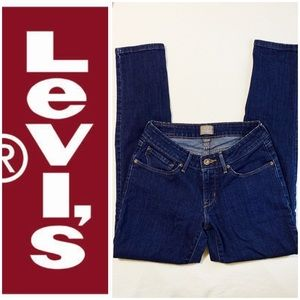 Levi's High Waisted Skinny Jeans Size 4